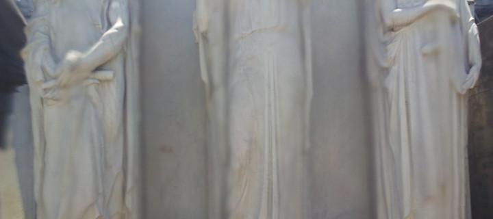 Cementerio de la Recoleta.. Mi encuentro cercano con «La Dama de Blanco»