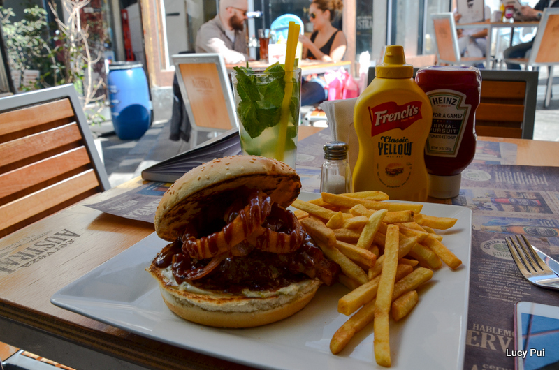 la_burguesia_mejores_hamburguesas_chile_02